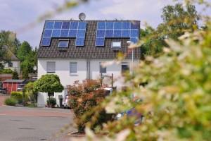 Strom aus Sonne selbst erzeugen – mit den Solarpaketen von RWE