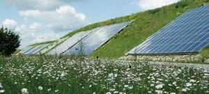 Deutschlands größte Anlage zur solaren Nahwärme steht in Crailsheim (Foto/Grafik: Solites)