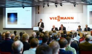 Thorsten Herdan vom Bundesministerium für Wirtschaft und Energie (BMWi) erläuterte den über 150 anwesenden Experten den Status des Kraft-Wärme-Kopplungs-Gesetzes