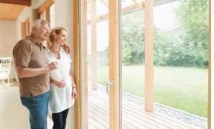Neue Fenster lohnen sich. Eine neutrale Beratung hilft bei der Auswahl (Fotos/Grafik: Zukunft Altbau)