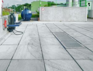 Die Anlagenkomponenten des NeutraDens-Systems werden in güteüberwachter Fertigteilbauweise hergestellt und können vor Ort schnell und kostengünstig montiert werden