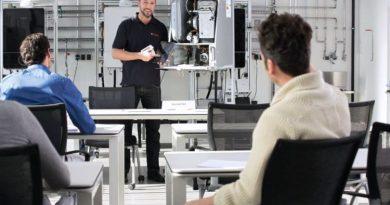Junkers Bosch macht seine Fachpartner deutschlandweit in eigenen Trainingszentren fit für die Digitalisierung