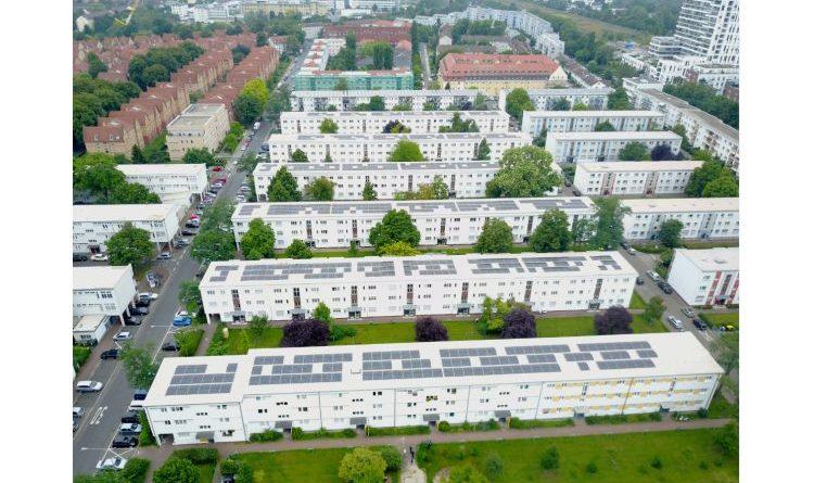 Voller Einsatz für Sonnenstrom: LG Electronics liefert Solarmodule für Hessens größte PV-Mieterstromanlage