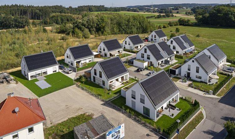 Effizienzhaus Plus-Siedlung in Hügelshart: Erwartungen voll erfüllt
