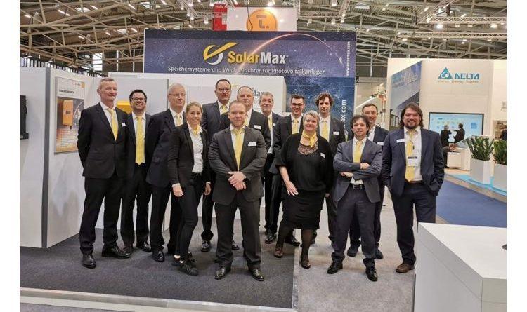 SolarMax präsentiert neue Speichersysteme und drei neue Solarwechselrichterserien