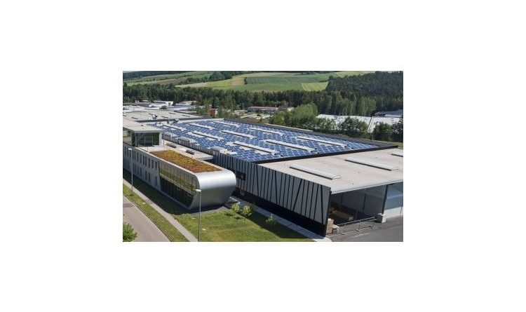 Sonnenstrom für Gewerbe deutlich unter zehn Cent pro Kilowattstunde