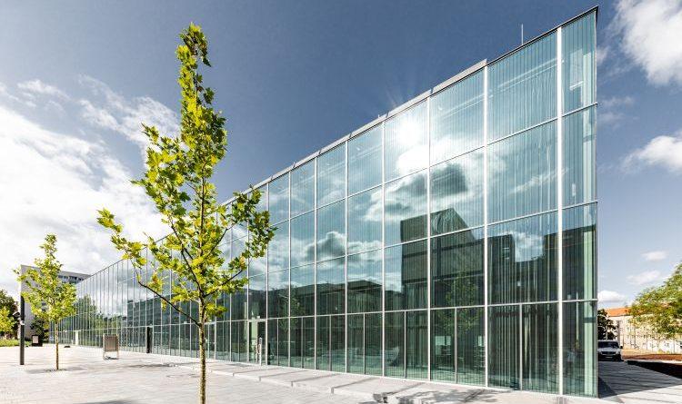 Busch-Jaeger stattet prestigeträchtigen Bauhaus-Neubau in Dessau aus