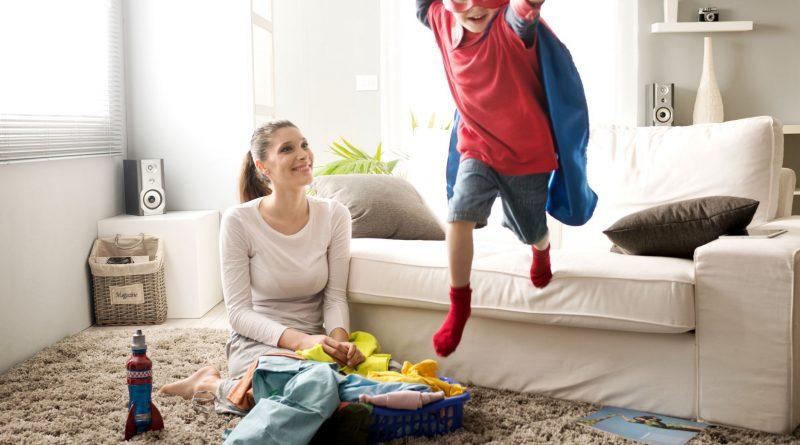 Raum- und Trittschall mit geklebten Bodenbelägen verringern